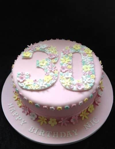 Female-cakes (30)